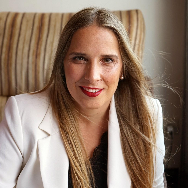 Ester Vega